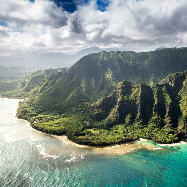 Hawaii mountains and ocean