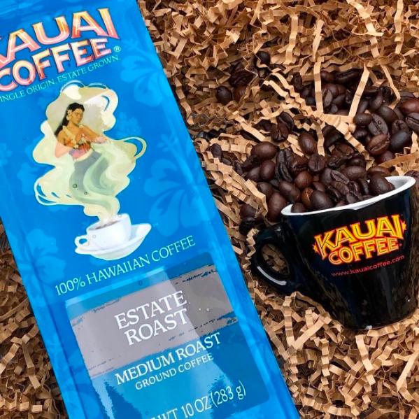 gift box with Kauai coffee and Kauai coffee cup
