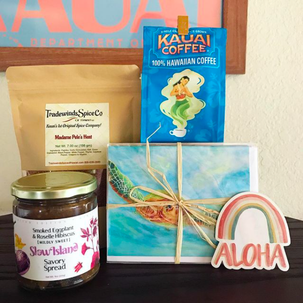 Hawaii gift boxes with Hawaii stickers, spreads, postcards, coffee, and spices from Sam's Gift Boxes