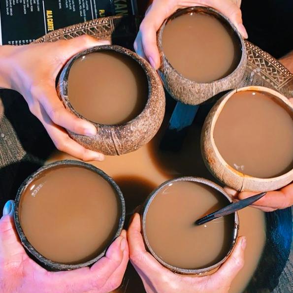 five coconut bowls filled with kava the best Hawaiian restaurants in Hawaii
